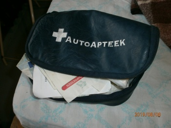 Auto esmaabikomplekt/ autoapteek