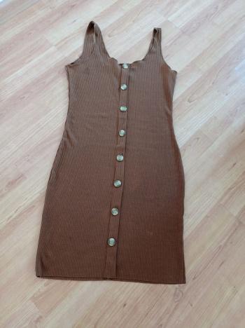 naiste kleit. M/l Defektiga