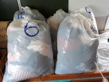 5 suurt kotti riideid. Sega