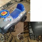 Laste mänguauto - üks ratas katki.