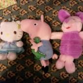 Kolm pehmet mänguasja