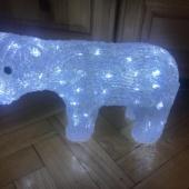 valgustusega dekoratsioon Jääkaru