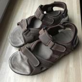 Meeste sandaalid 45