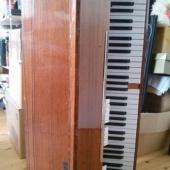Vana elektri klaver.
