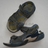 sandaale 34-35 poisile