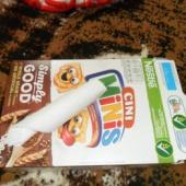 Karbitäis plastikust kahvleid, nuge +