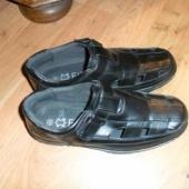 Noormehele sandaalid 42