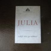 Julia - näidend Eesti Draamateatris