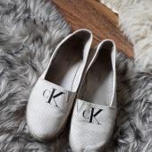 39 calvin Kleini jalatsid