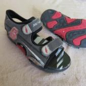 Laste sandaalid jalanumbrile 28 Automultika teemalised