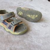 Laste sandaalid jalanumbrile 28