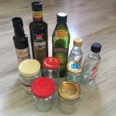 Pudelid ja väikesed purgid