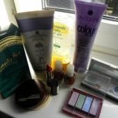 Natuke kosmeetikat