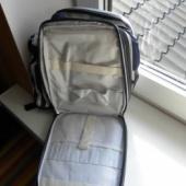 Väike seljakott koos pudelihoidjaga