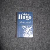 Victor Hugo - Mees, kes naerab