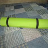 Võimlemis/jooga matt - soovitavalt järgitulemisega, kuna pikkuse tõttu ei mahu Smarti (üle 60cm)