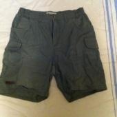 lühikesed püksid 32