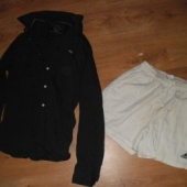 Üks triiksärk ja lühikesed püksid