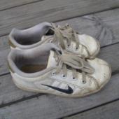 Nike nahast botased
