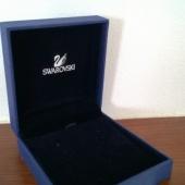 Swarovsky kõrvarõngaste karp
