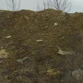 Täitepinnas, kividega muld
