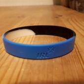 IRL-i kummist käepael sini-must-valge