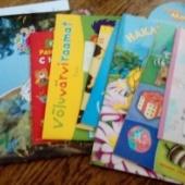 Kleepimisraamatud ja värvimiraamatud.